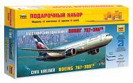 """Сборная модель """"Подарочный набор. Пассажирский авиалайнер Боинг 767-300"""""""