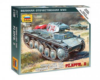 """Сборная модель """"Великая Отечественная. Немецкий лёгкий танк Pz.Kp.fw II"""" (Звезда 6102)"""