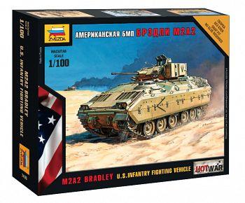 """Сборная модель """"Hot War. Американский БМП М2А2 """"Брэдли"""" (Звезда 7406)"""